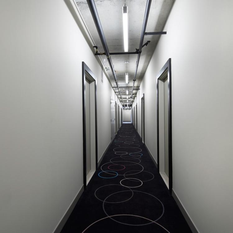 hallway_00142
